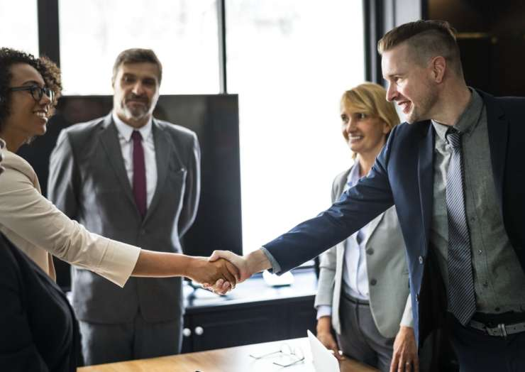 Five important business negotiation strategies